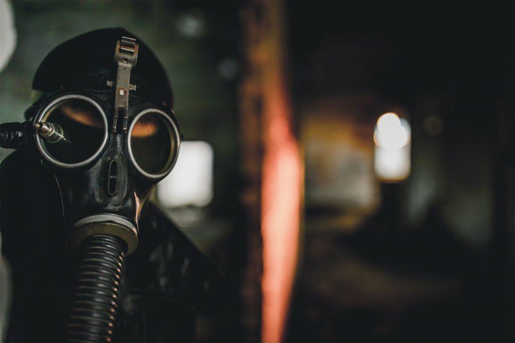 Gazapos en la prensa cine de pandemia y revolución cosmética